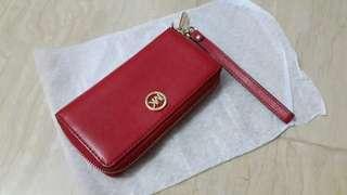 🚚 Michael Kors wallet