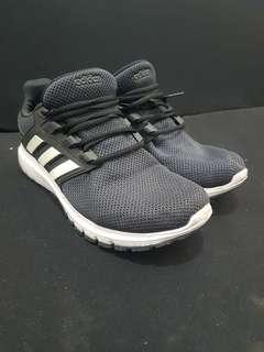Adidas size 44 2/3