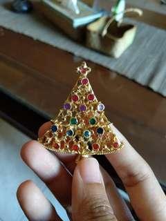 Brooch Pohon Natal