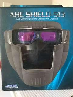 Auto Darkening Welding Goggles with Clipshield