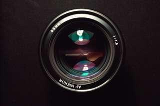 Nikon AF 85mm f1.8