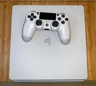 White PS4 Slim 500GB