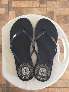 05e81efc00b7 Buy New   Used Women s Shoes Online