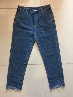 Frizzy bottom pants
