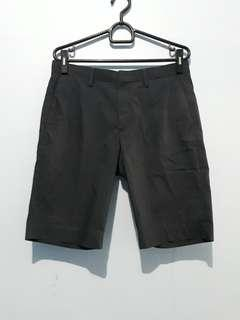 Celana pendek uniqlo original size M