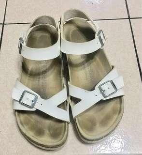 降價!Birkenstock 白色涼鞋