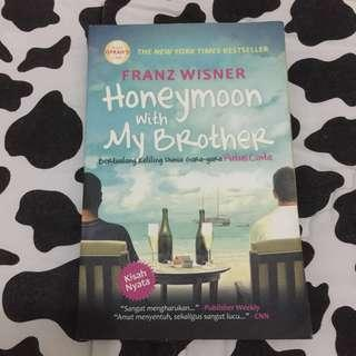 Novel Honeymoon with My Brother