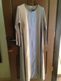 Dress atau gamis