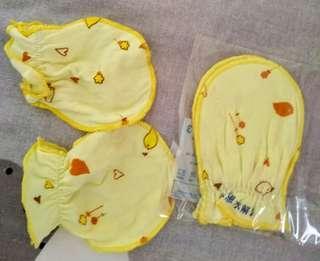 🚚 新生兒手套  包手套