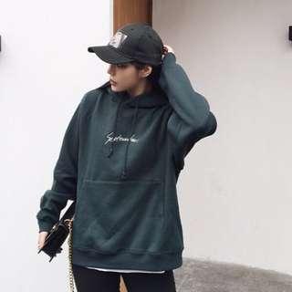 🚚 韓版綠色字母鋪棉厚帽踢
