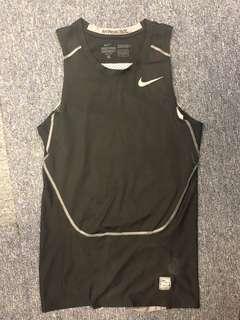NIKE Pro Combat Hypercool Vest