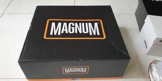 Magnum boots stealth force 6.0 US8