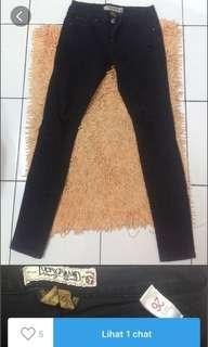 Celana jeans import sobek-sobek