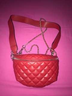 Steve Madden beanbag red authentic