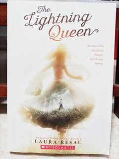 🚚 Scholastic Book: The Lightning Queen by Laura Resau