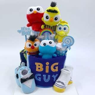 🚚 Sesame Street Diapers Cake