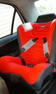 嬰幼兒汽車坐椅