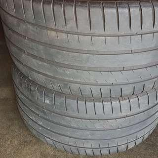 MERCEDES MICHELIN USED REAR TYRES 265/35-R18 W212 E200 SERIES 50+% THREAD WITH 2 PUNTURED REPAIRED AT 1 TYRE