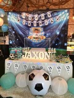 🚚 Soccer dessert table
