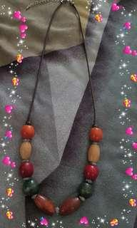 🚚 Wooden beads necklace