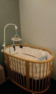 Stokke 嬰兒床