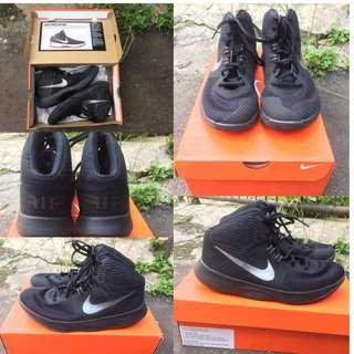 Sepatu Basket Nike Air Precision