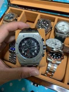 🚚 Watch