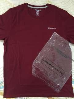 Champion small scirpt tee