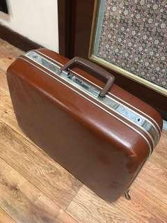 八十年代皮箱