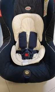 Reclineable Britax Car Seat with Newborn Insert