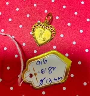 916 Gold Pendant L