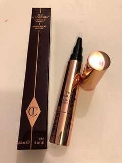 Charlotte Tilbury THE RETOUCHER 3 MEDIUM Concealer pen for light to medium skin tones 遮瑕筆