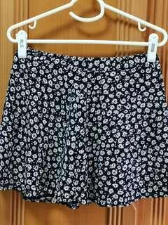 🚚 FOREVER 21 Floral skirt