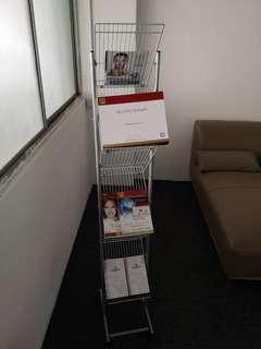 Exhibition stand for leaflet and brochure