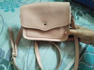 Sling bag miniso / miniso sling bag