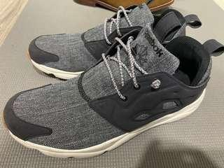 Reebok 男鞋 US10