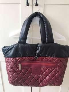 Chanel 香奈兒專櫃正品Cocoon格菱紋尼龍空氣包 旅行包 媽媽包 黑色 深紅色兩面包
