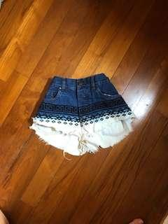 factorie spellbound ombre dip-dyed aztec tribal print shorts ~ cotton on h&m f21 bershka pull&bear topshop frayed ripped hws highwaisted