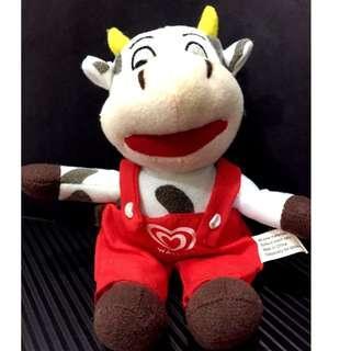 Wall's doll - 6'' Milk Cow