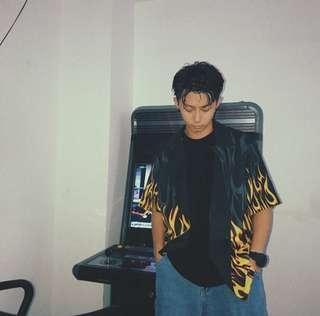 Flame button shirt 02