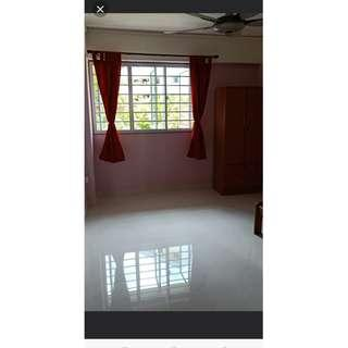 No Agent Fee Common room @ Blk 173 Ang Mo Kio Avenue 4 A/C WiFi.