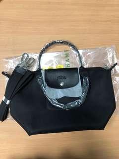100%new 全新 longchamp le pliage neo top handle black sling bag 斜揹 黑 厚