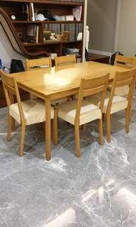 REDUCED PRICE Dining Table 6 Persons