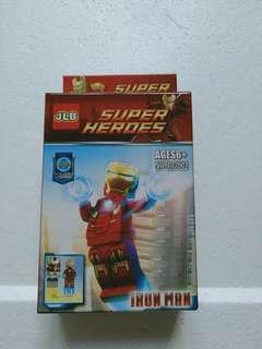 [BNIB] JLB IRON MAN SUPER HEROES MINI FIGURINE