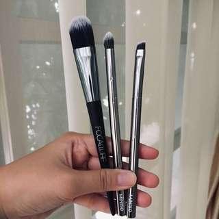 Brush Set (FOCALLURE & MINISO)