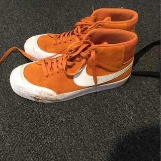 Nike high blazer
