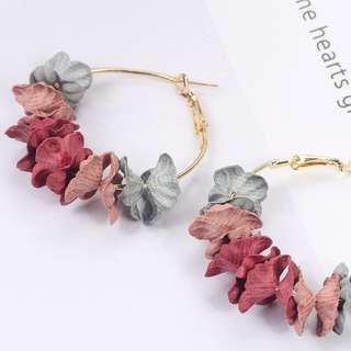 🚚 Petal earrings
