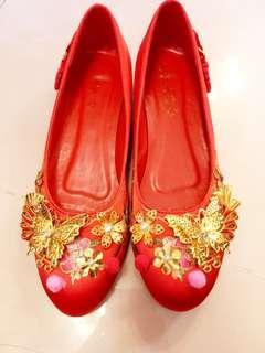 👠紅雙喜牌子,手工褂鞋38-39號👠