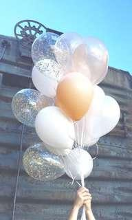 Champagne gold balloon bouquet