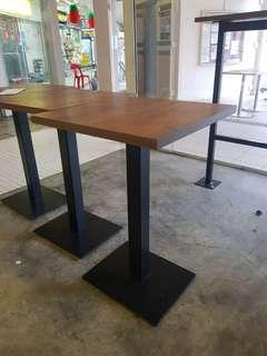 🚚 Tables good for bar and cafe